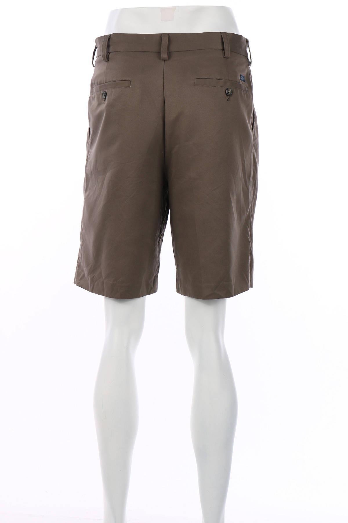 Къси панталони Izod2