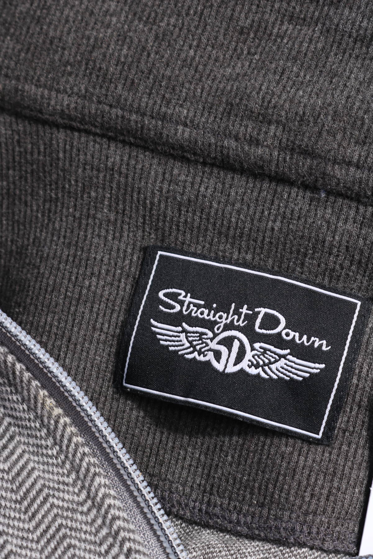 Пуловер с поло яка STRAIGHT DOWN3