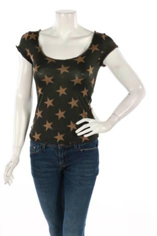 Тениска Moschino1