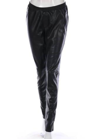 Кожен панталон Hema