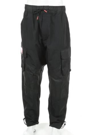 Спортен панталон NIKE
