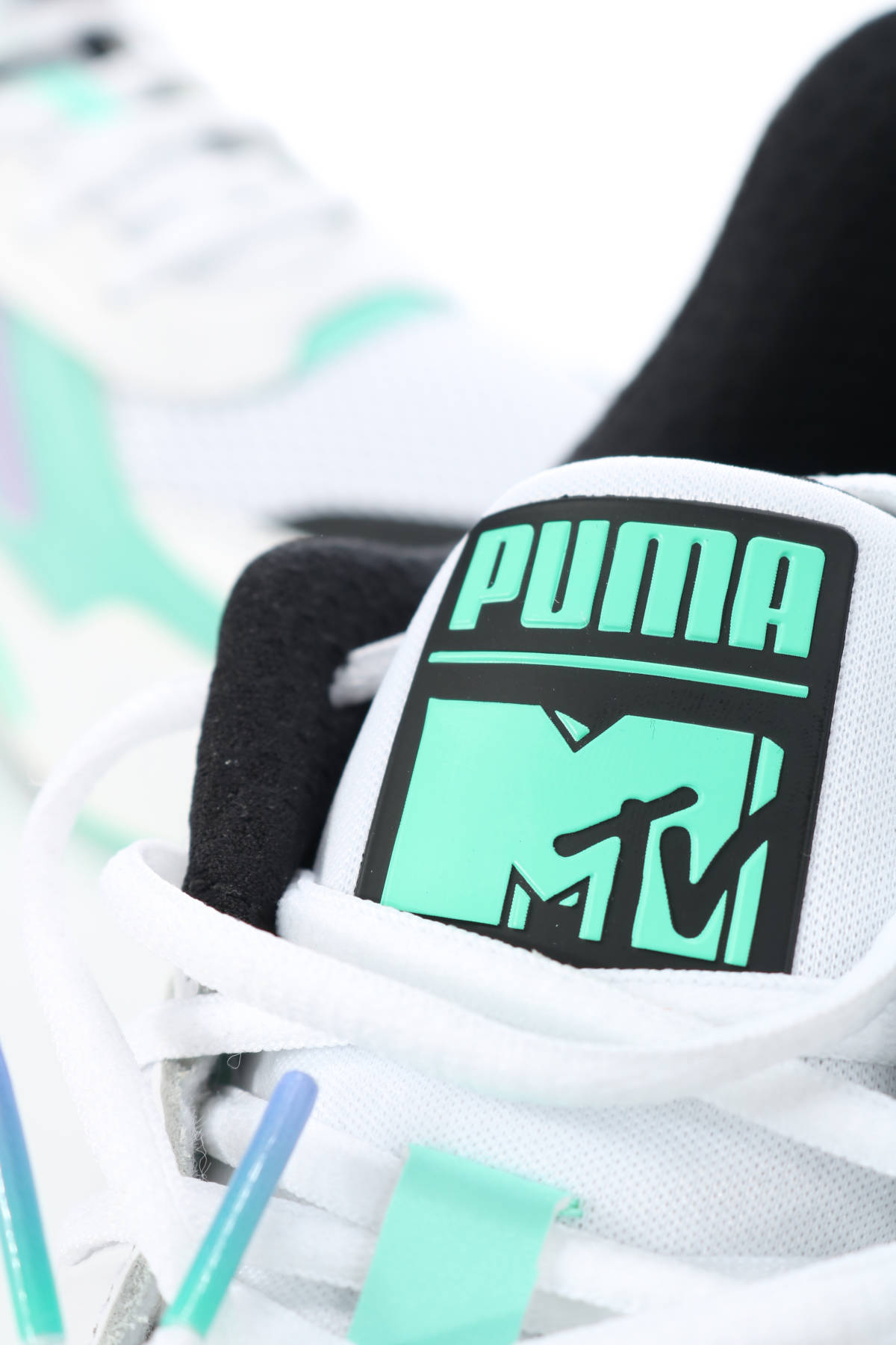 Маратонки Puma4