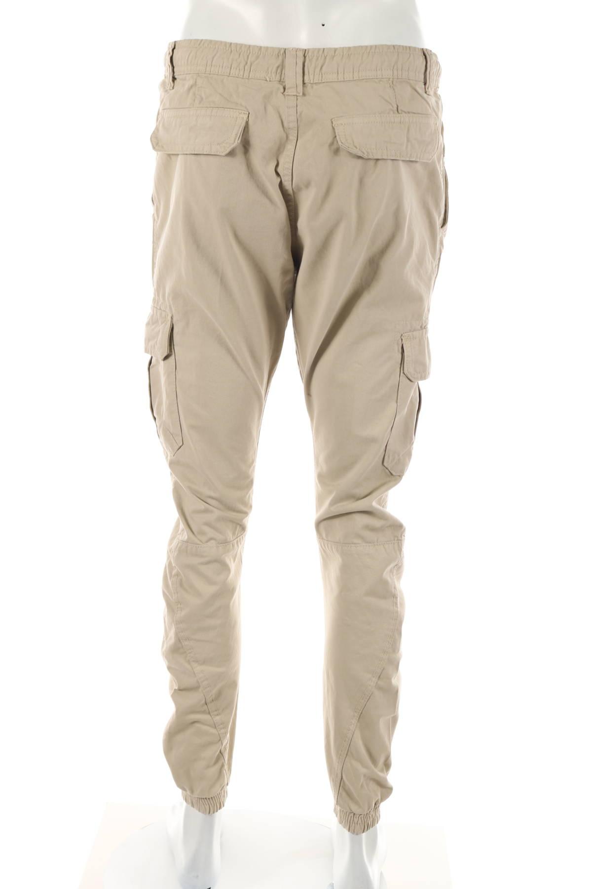 Спортен панталон URBAN CLASSICS2