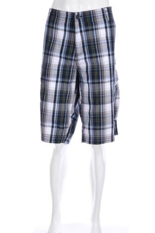 Спортни къси панталони Dressmann