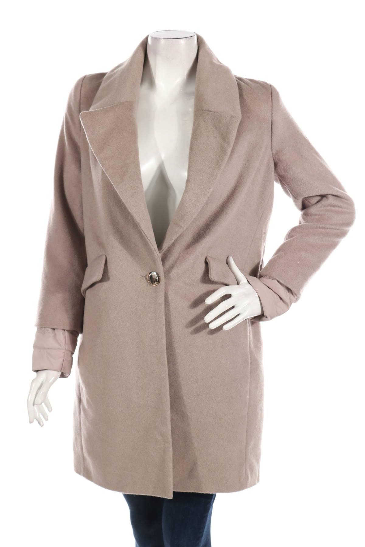 Зимно палто Calvin Klein1