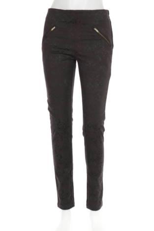 Елегантен панталон Cubus