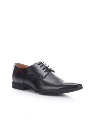 Елегантни обувки Goor