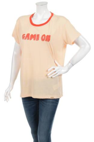 Тениска с щампа BLENDSHE