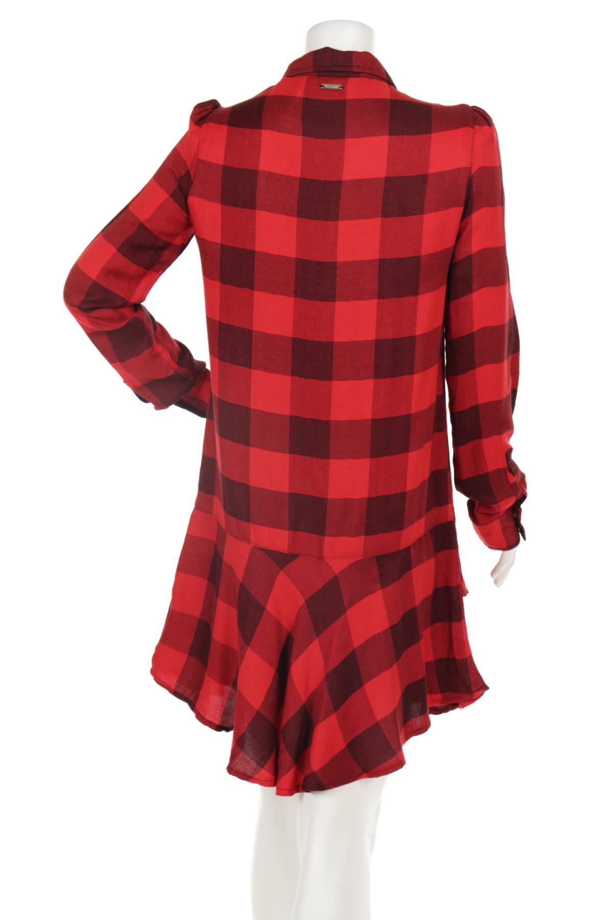 Ежедневна рокля GUESS2