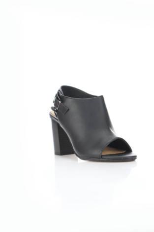 Обувки на ток MTNG.