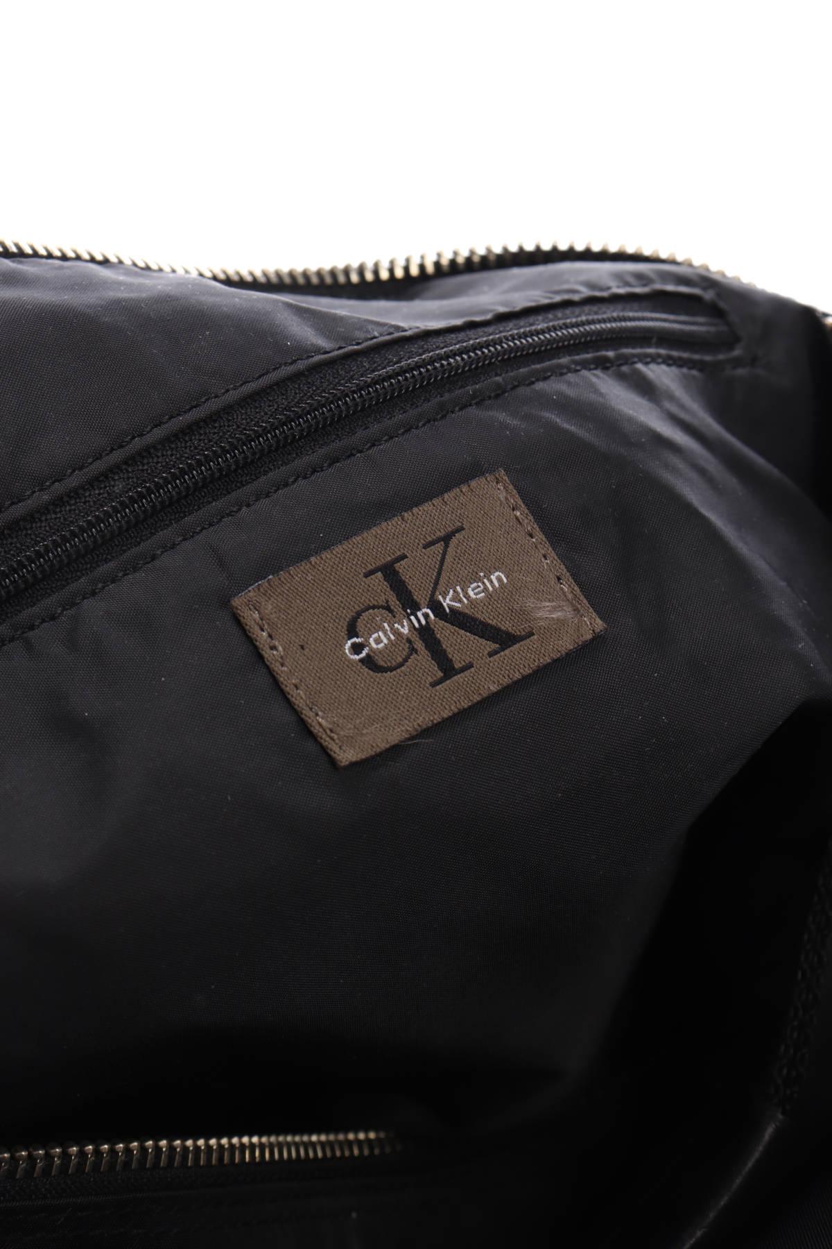 Чанта CALVIN KLEIN4