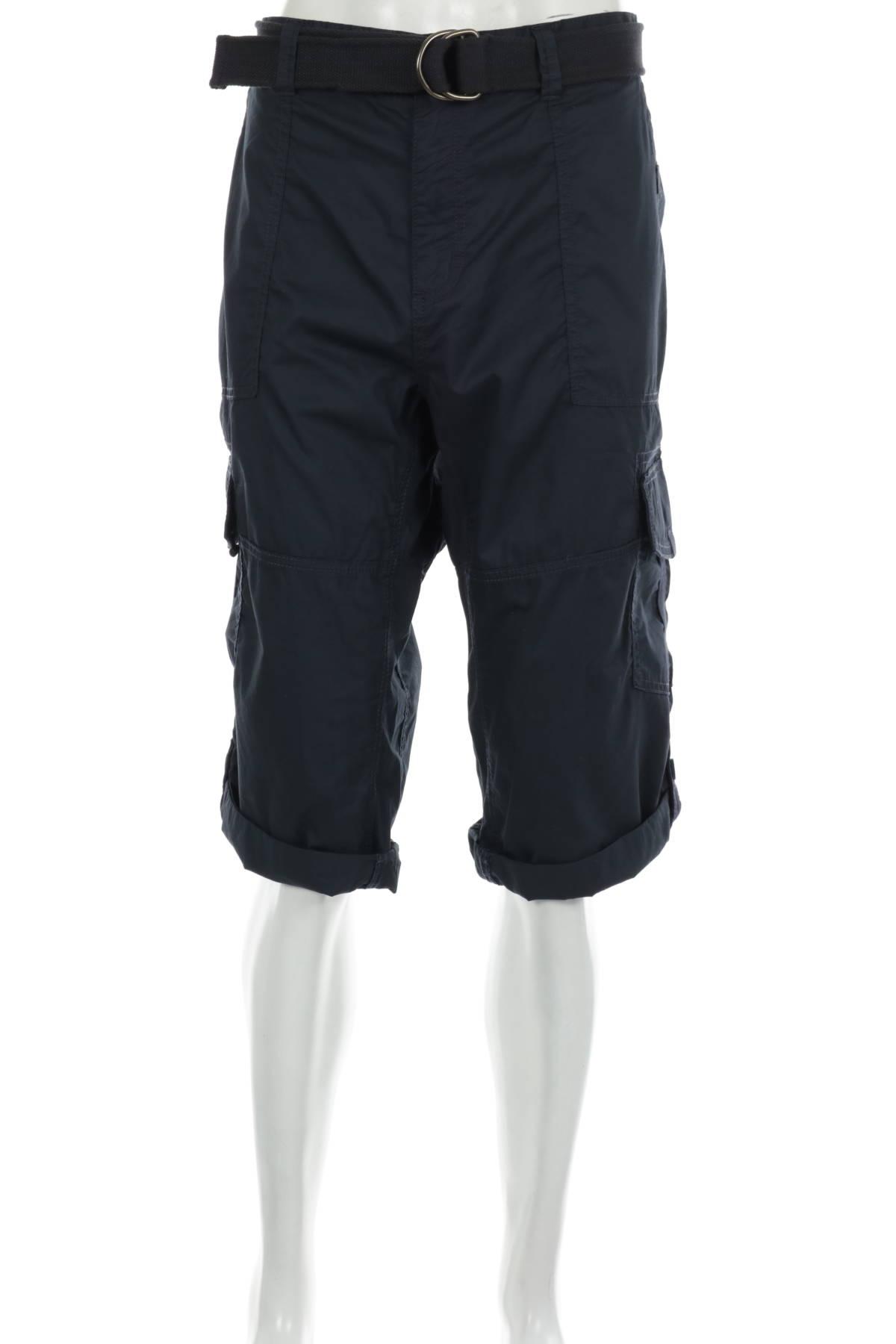 Къси панталони MONTEGO1