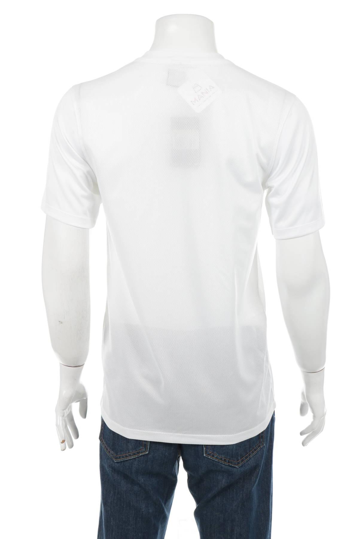 Спортна тениска NIKE2