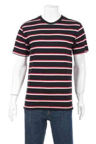 Тениска NO BOUNDARIES