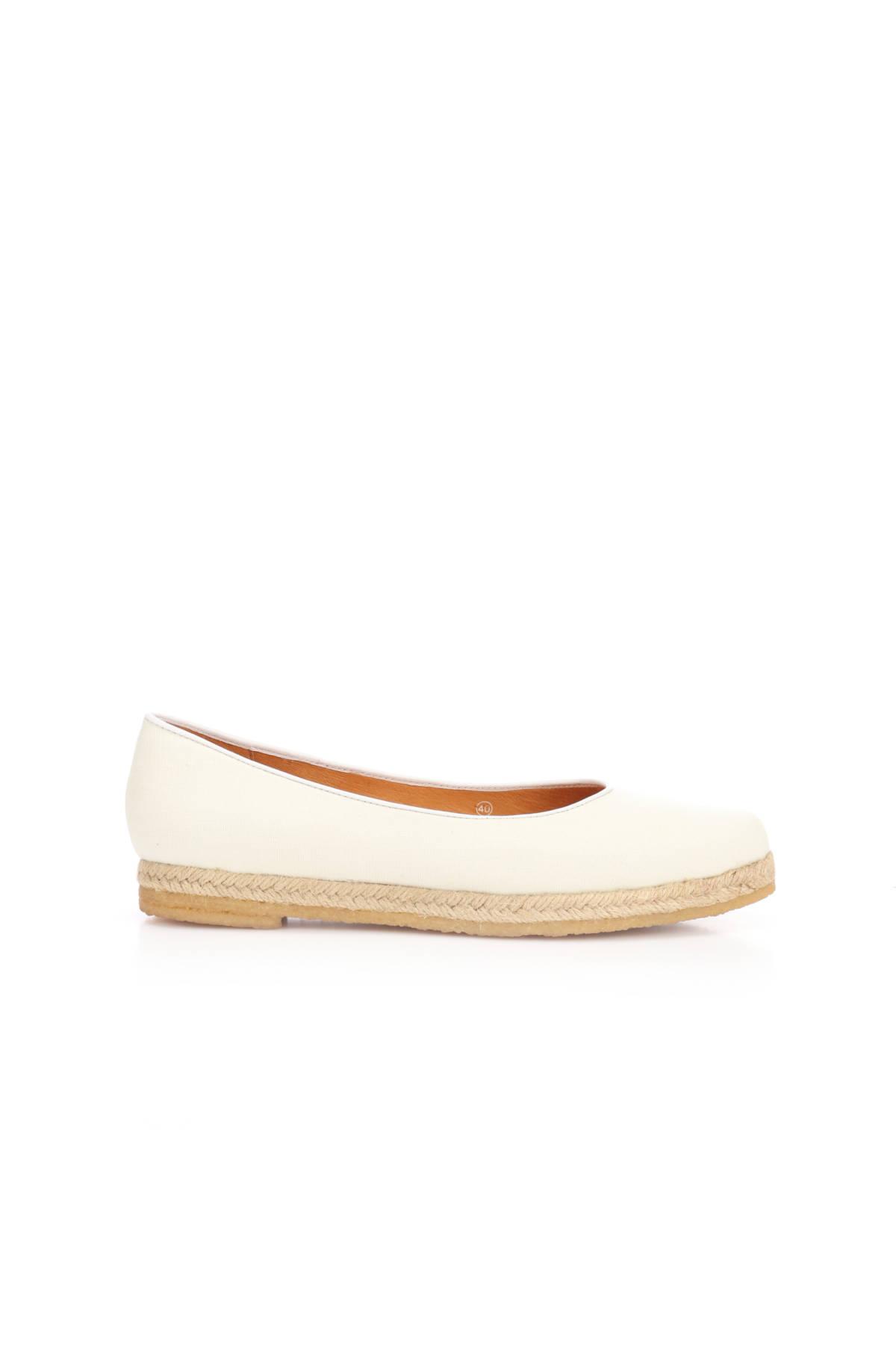 Ниски обувки FLIP FLOP1