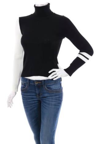Пуловер с поло яка Trendyol