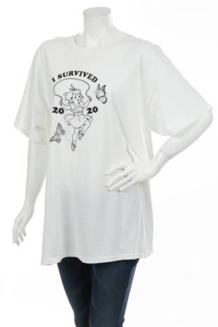 Тениска с щампа NEW GIRL ORDER