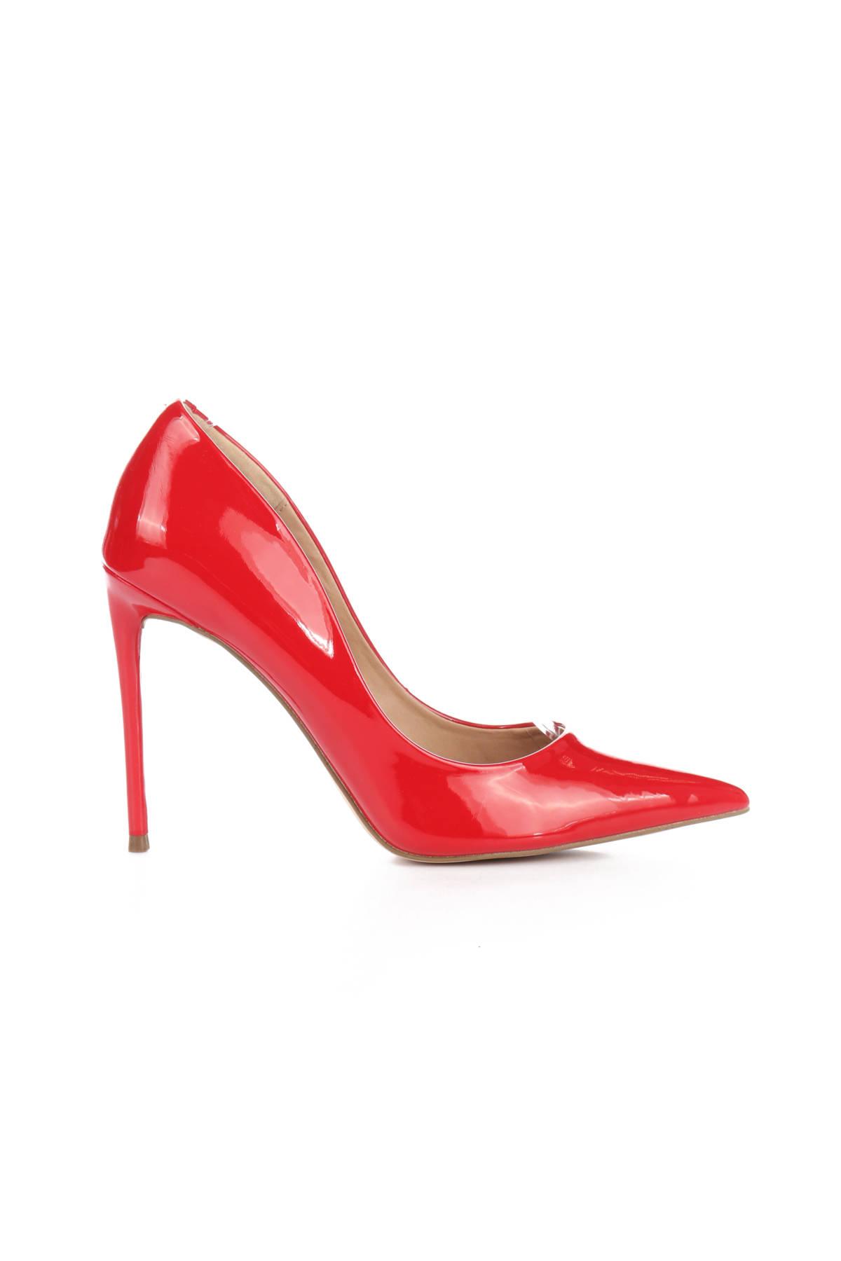 Обувки на ток STEVE MADDEN1