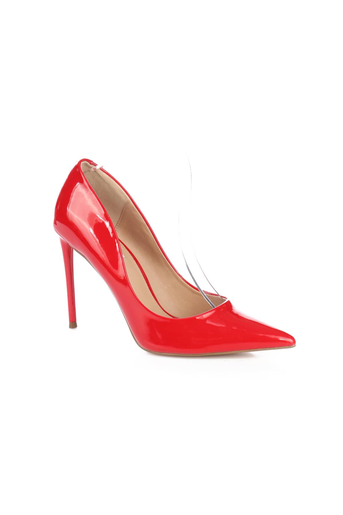 Обувки на ток STEVE MADDEN2