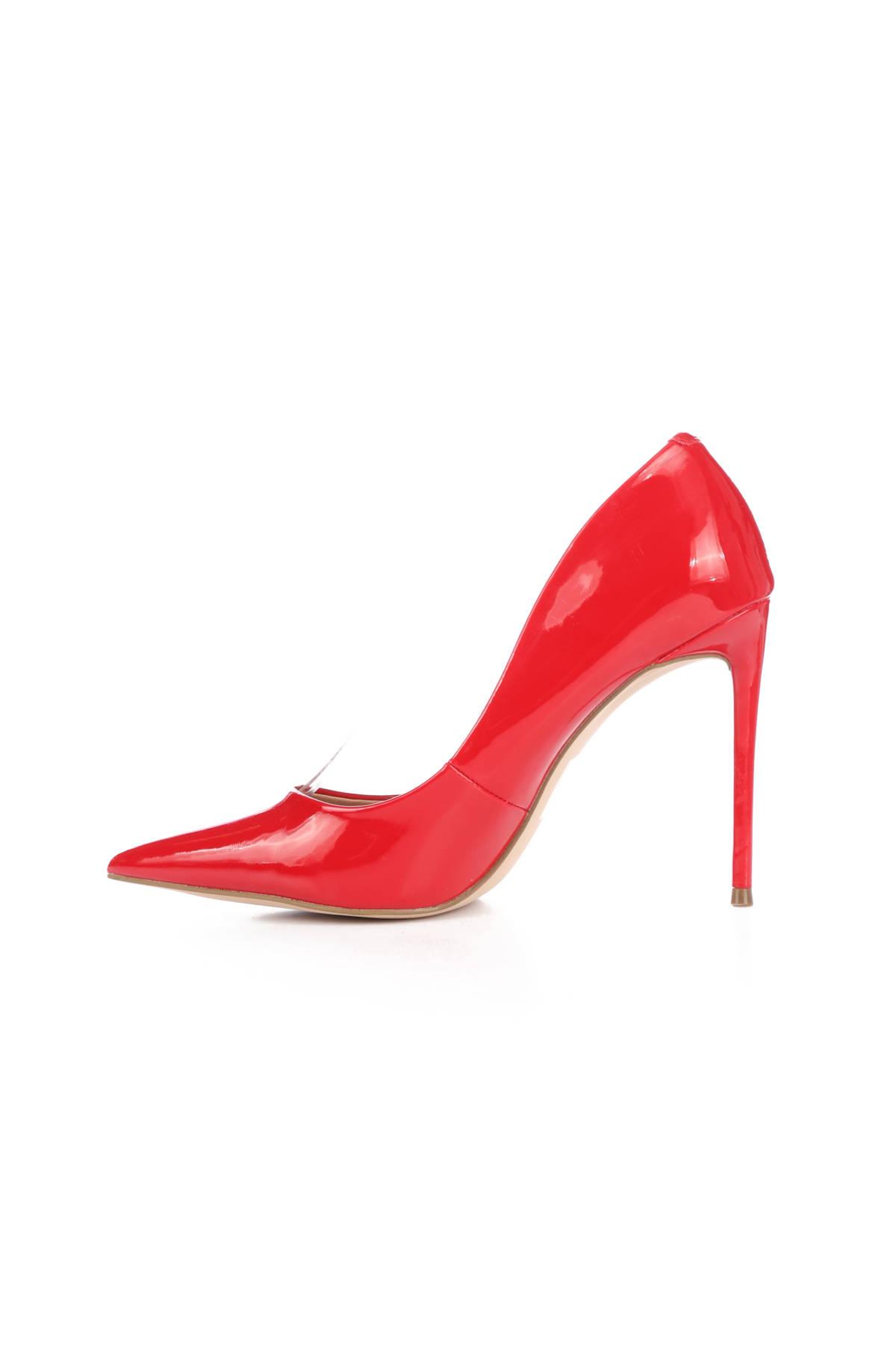 Обувки на ток STEVE MADDEN3
