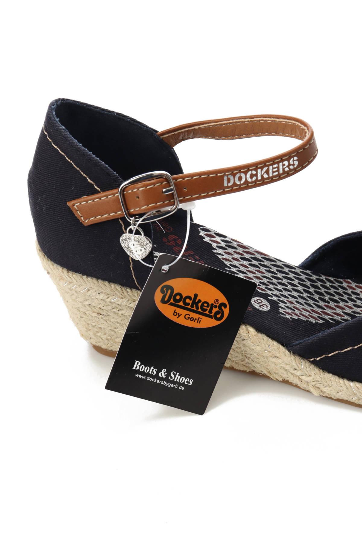 Ниски обувки DOCKERS4