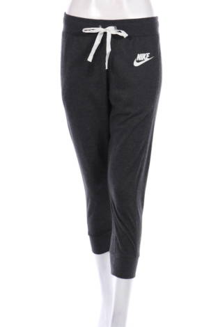Спортно долнище Nike