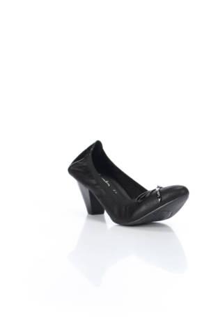 Обувки на ток LPB