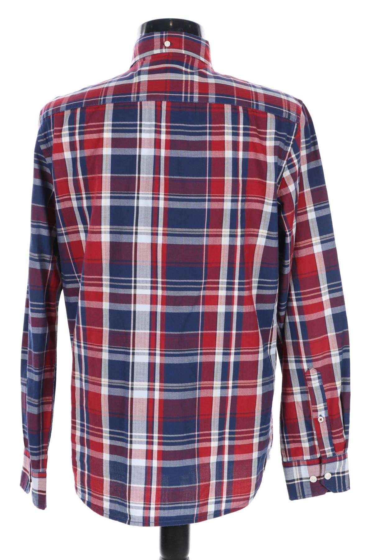 Риза Redford2