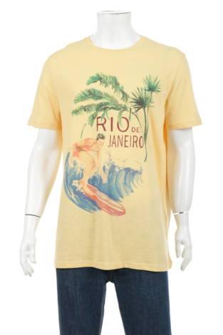 Тениска с щампа CELIO