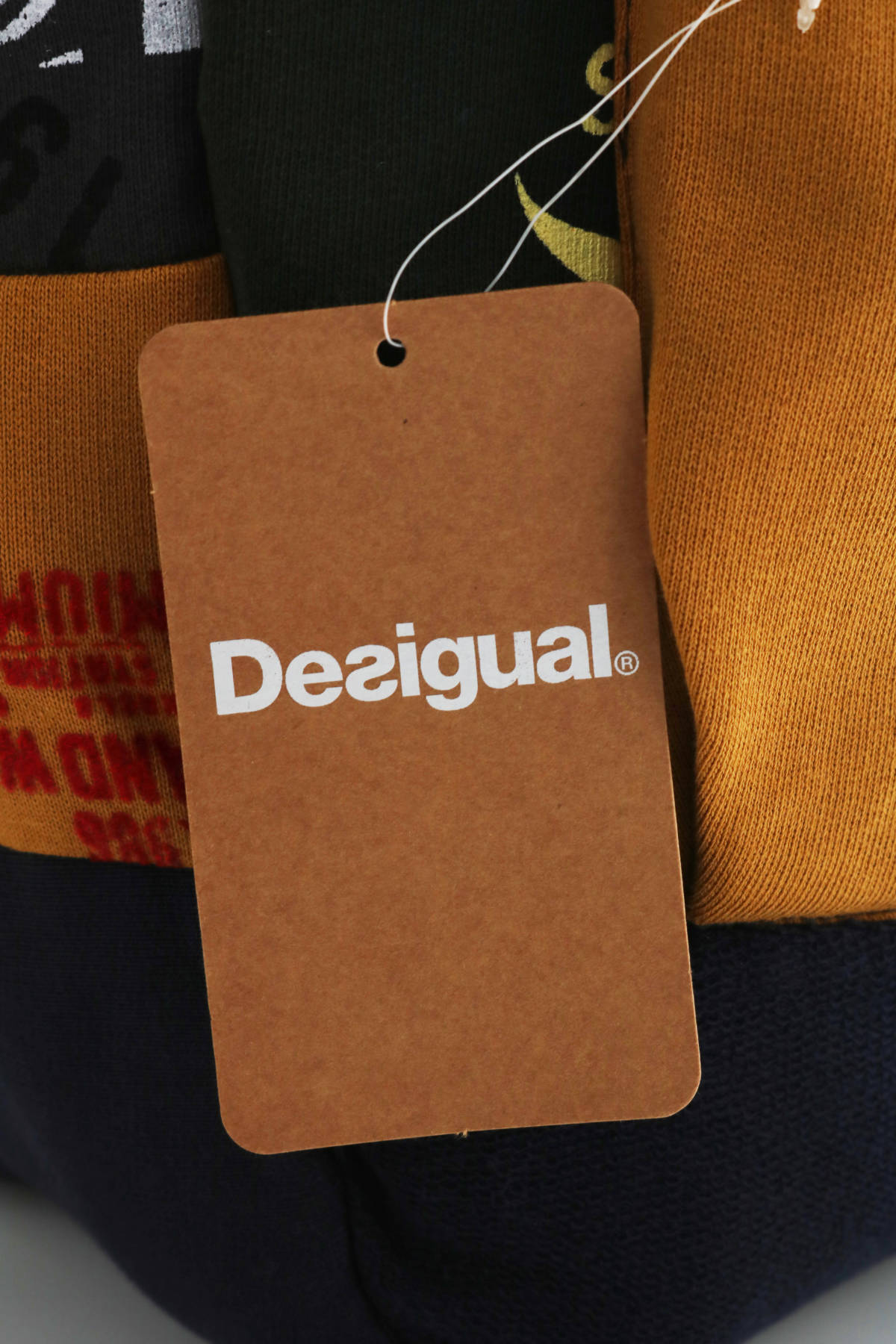 Спортна раница Desigual3