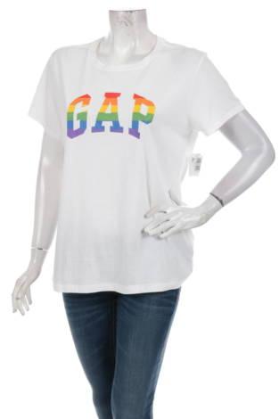 Тениска с щампа GAP