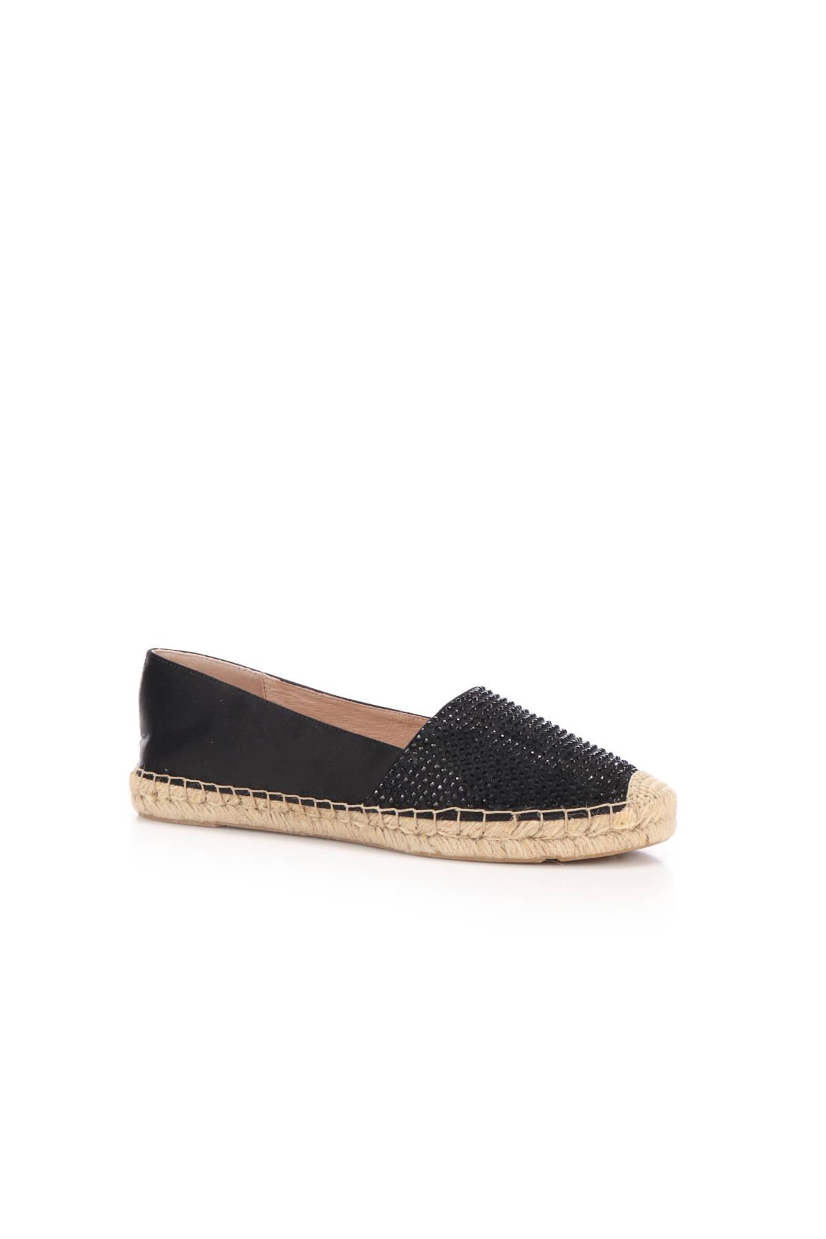 Ниски обувки BIBI LOU2