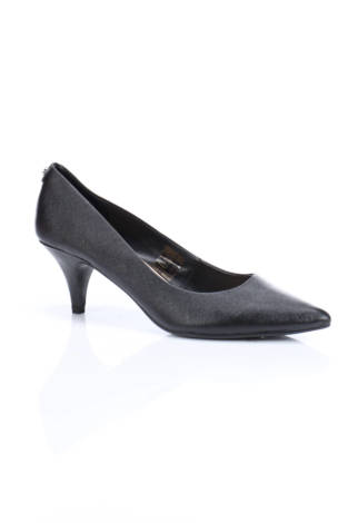Обувки на ток Stockholm design group