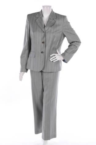 Костюм с панталон Suit studio