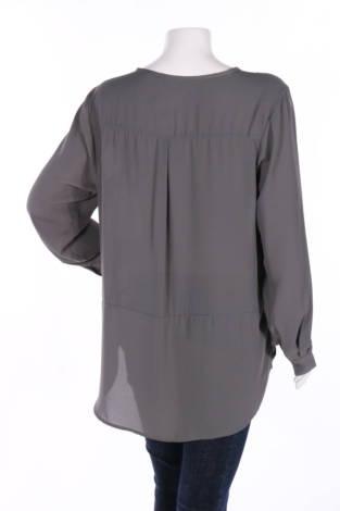 Риза Vrs Woman2