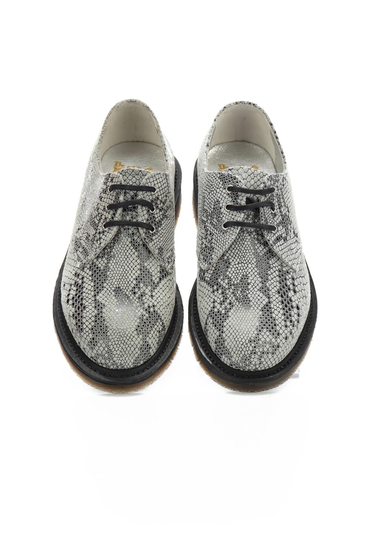 Ниски обувки DR. MARTENS2