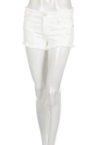 Къси панталони CINDY H.