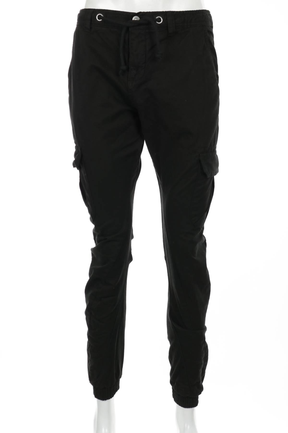 Спортен панталон URBAN CLASSICS1