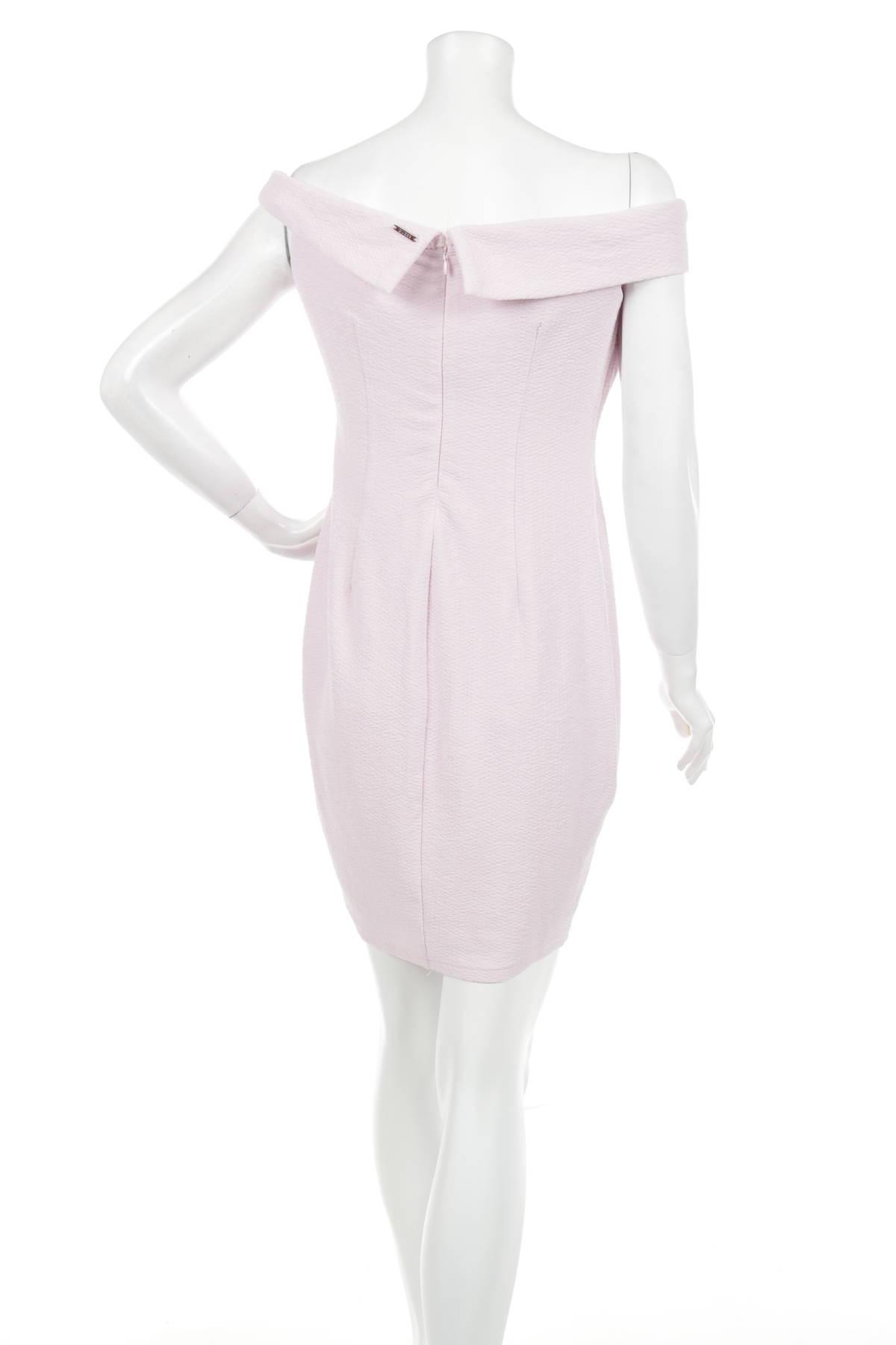 Официална рокля GUESS2