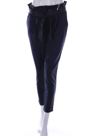 Елегантен панталон RINASCIMENTO