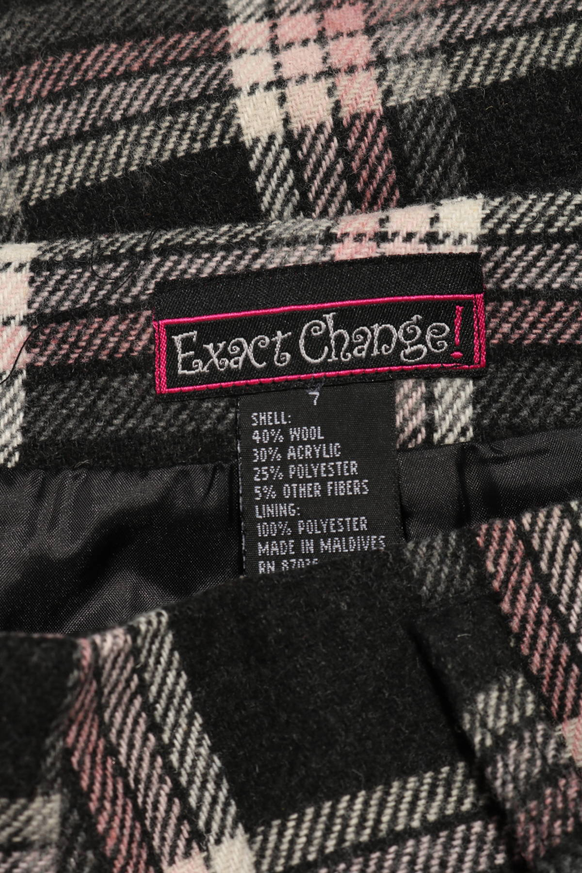 Пола EXACT CHANGE3