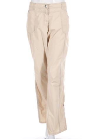Спортен панталон C&A