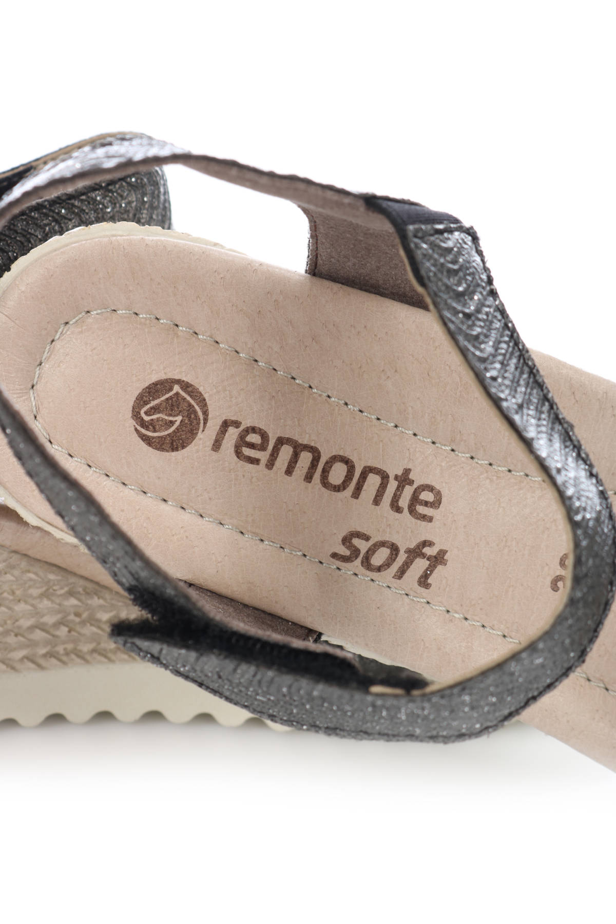 Сандали на ток REMONTE4