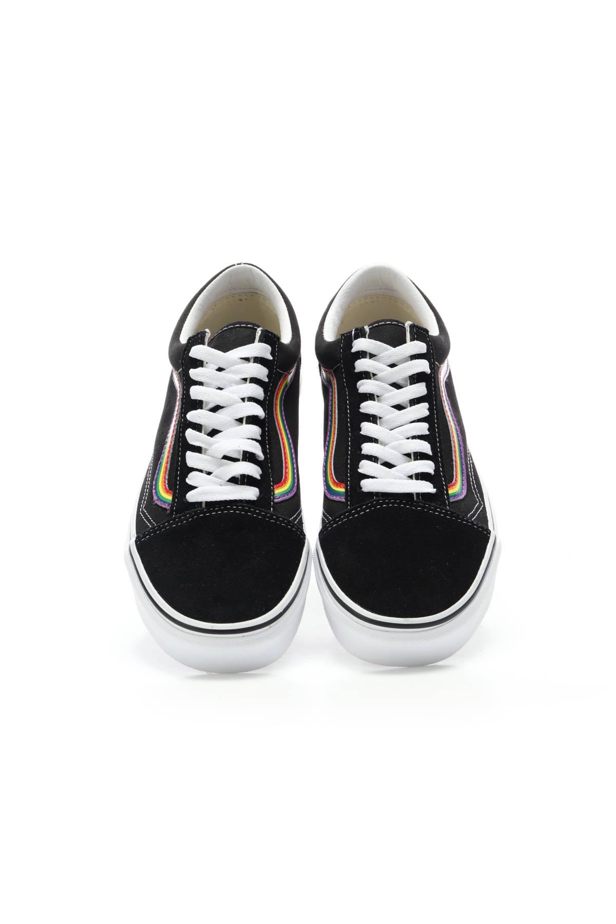 Спортни/Ежедневни обувки VANS2