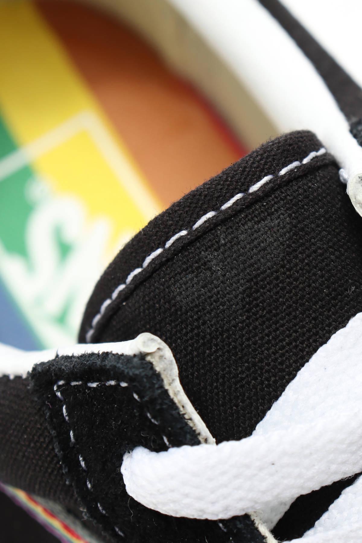 Спортни/Ежедневни обувки VANS5