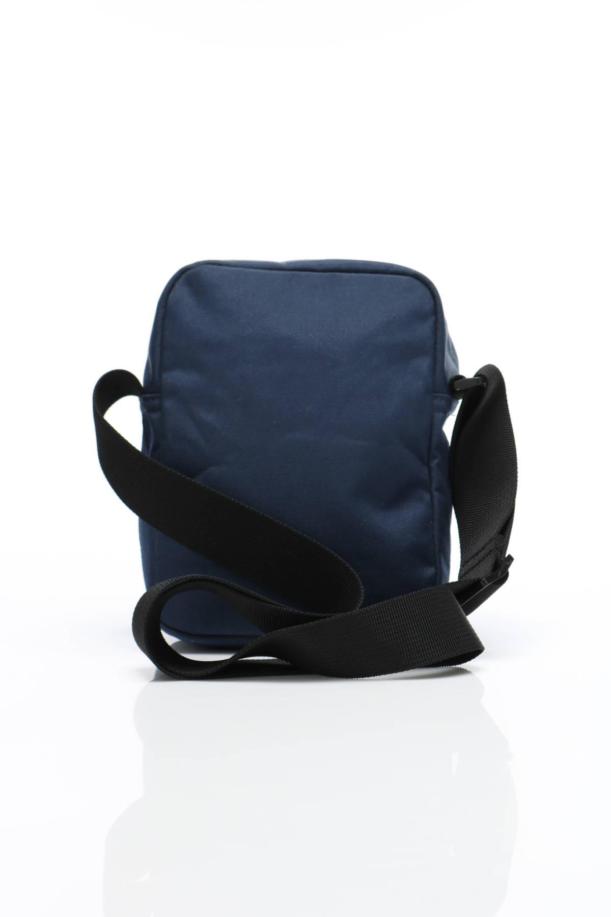 Чанта Lacoste2