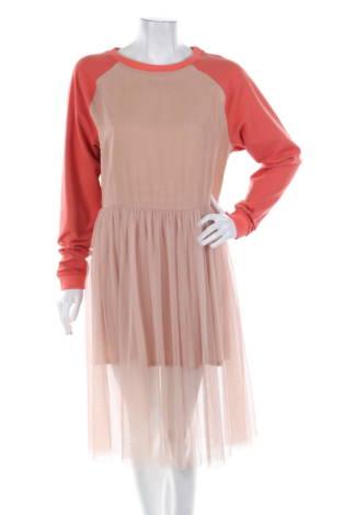 Ежедневна рокля Iiis woodling