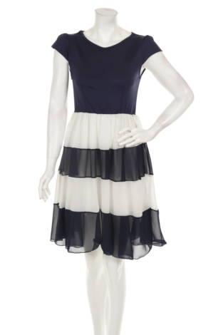 Ежедневна рокля LESARA