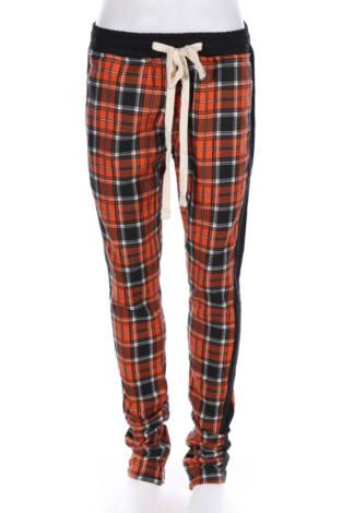 Спортен панталон Fashion Nova