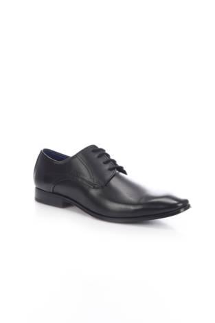 Елегантни обувки Bugatti